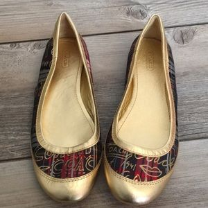 Coach True F0007/G09 Gold Women Flats.Size 6 1/2